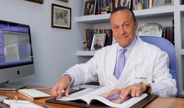 El Dr.  Millán Mateo visitó La Asociación de Amas De Casa-Consumidores y Usuarios de la Comunidad de Madrid